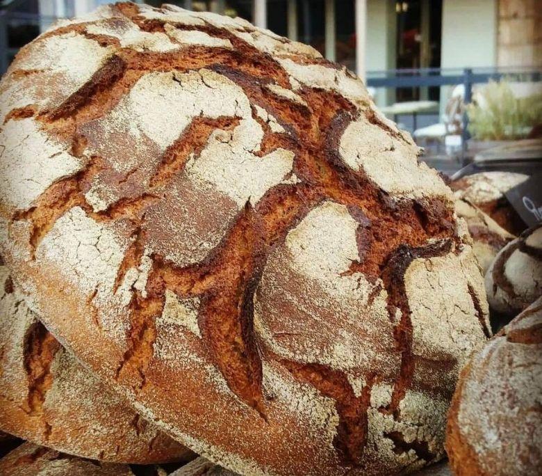 L'atelier Les Champs du destin produit des pains bio de céréales paysannes à Sacquenay, en Côte-d'Or. / © Les Champs du destin