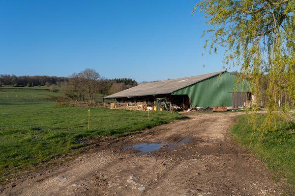 La ferme de la Charme se trouve à 30 km du Pays de Montbéliard.