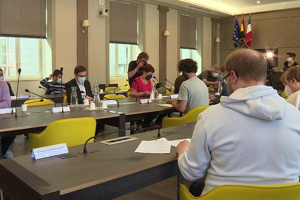 La convention citoyenne a dévoilé ses préconisations sur le projet d'écoquartier des Vaites auprès des élus du conseil municipal de Besançon.